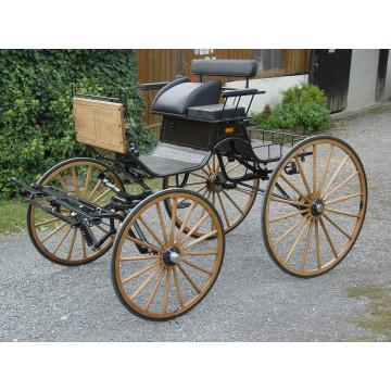 4 Holzräder mit Achsen,...